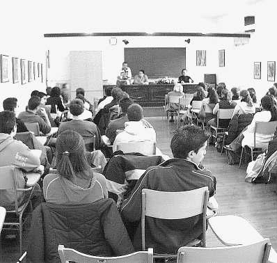 Acte d'homenatge a Alexandre Deulofeu a l'institut Ramon Muntaner de Figueres.
